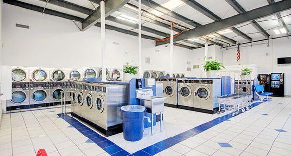 Cửa hàng giặt sấy
