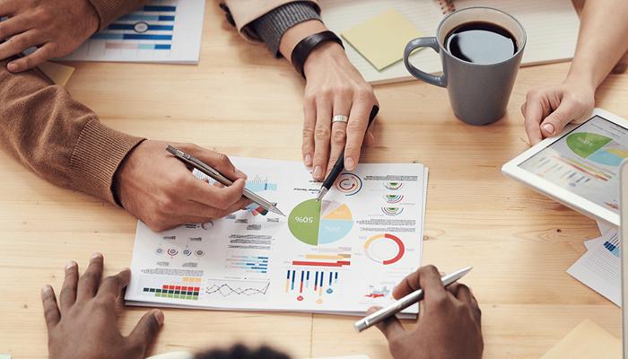 Nghiên cứu và phân tích thị trường